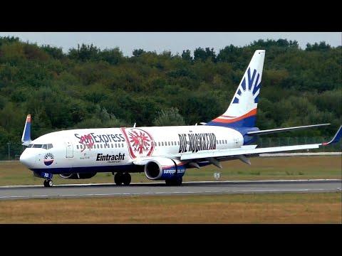 Sun Express (EINTRACHT FRANKFURT) Boeing 737 landing & takeoff HAMBURG AIRPORT