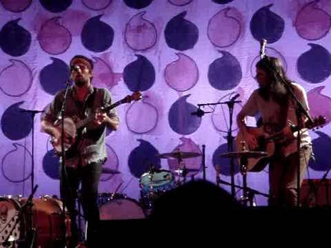 Laundry Room The Avett Brothers At The Crest Theatre