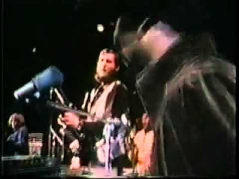 Booker T. & The MG's - Time Is Tight (Live, 1970)