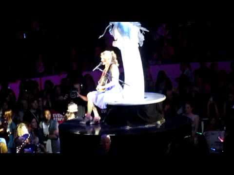 Complicated (Carolyn Dawn Johnson cover) - Taylor Swift - Edmonton, AB - August 18th, 2011