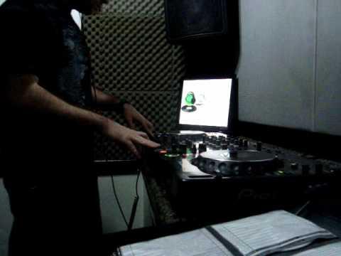 DJ Bruno Escobar - DJ Ban.wmv