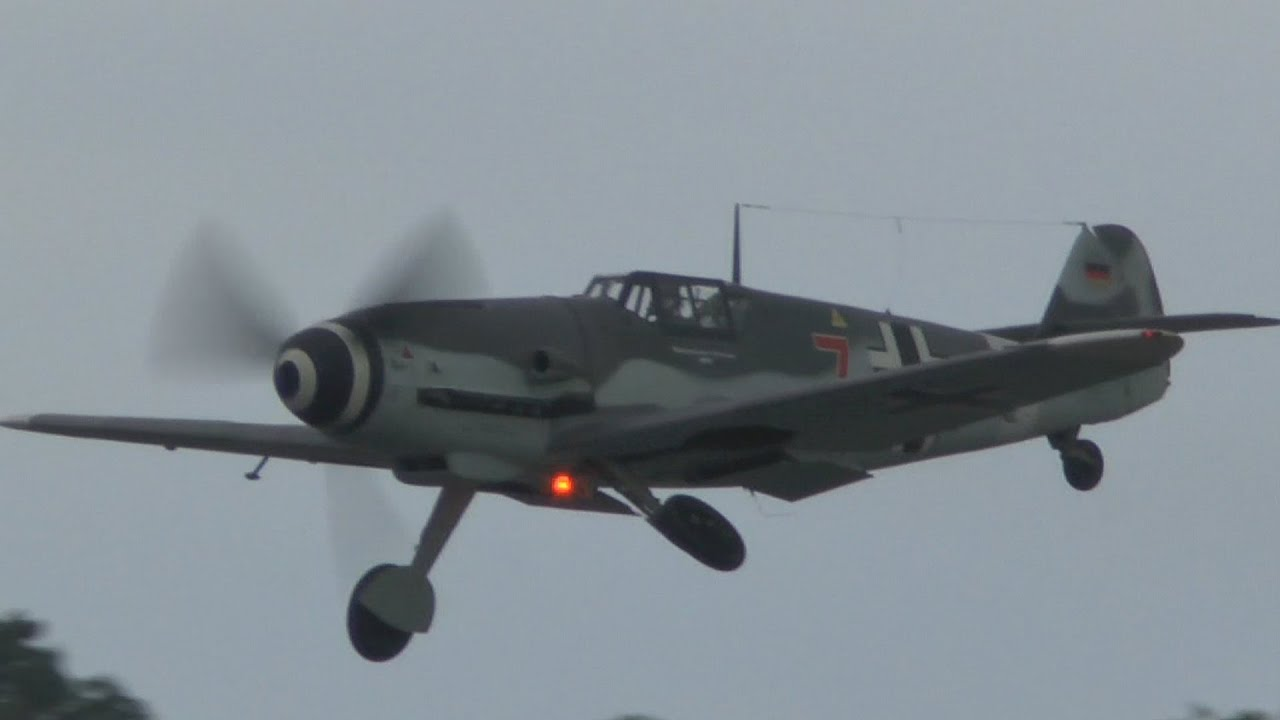 Biggin Hill Festival Of Flight >> Biggin Hill FESTIVAL OF FLIGHT 2015: Hurricanes and Spitfires dog fighting an ME109 - YouTube