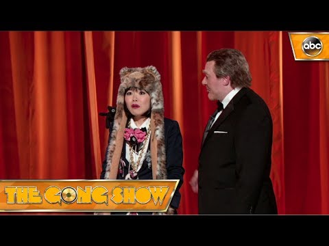 Nana the Cat Lady – The Gong Show