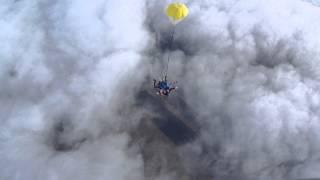 видео DZ Устиново - прыжки с парашютом в Челябинске и Челябинской области - Первый прыжок с парашютом