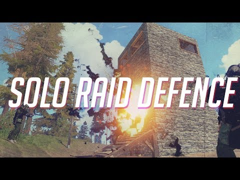 Rust| SOLO RAID DEFENCE AGAINST A GROUP