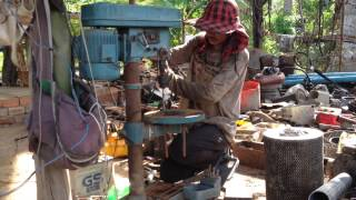 Drilling 1.5mm thickness steel in Cambodia, ស្វានដែកក្រាស់កំរាស់១,៥មម ធ្វើចង្កឹះប្រអប់លេខឡានដឹកដី