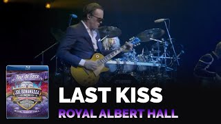 Watch Joe Bonamassa Last Kiss Live video