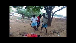 only 18+ drunk guys funny dance அட..!! யாருய்யா இவரு..   இனையதளத்தில் பட்டயைகிளப்பும்..