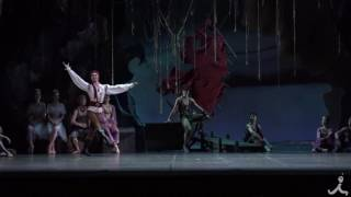 数ある古典バレエの中でも全幕上演が極めて少ないこの埋もれた名作に、2...