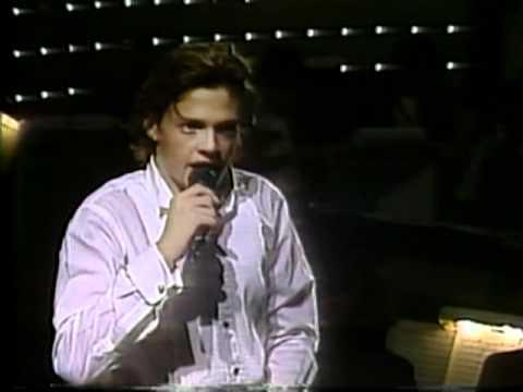 Festival de Viña 1986, Luís Miguel, Dos enamorados
