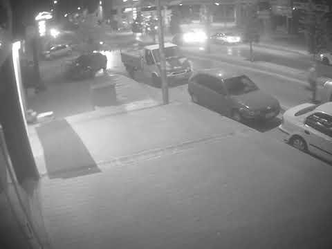 Kaza anı güvenlik kameralarına yansıdı! (VİDEO)