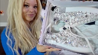 I bought $5,000 sneakers! (unboxing)