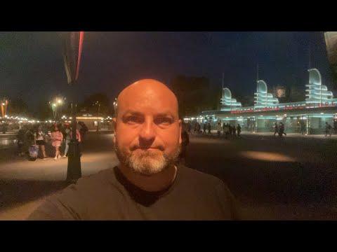 Disneyland Resort Reservation System A Huge Success - by Richard Haick