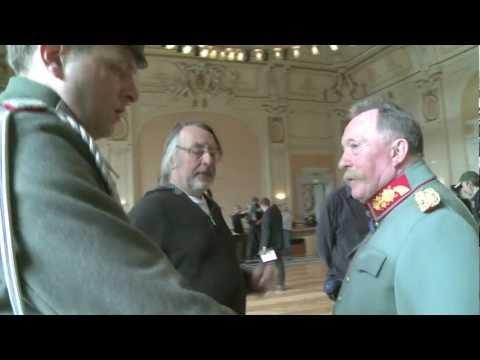 Aufregung im Schloss der Hohenzollern  Die Männer der Emden
