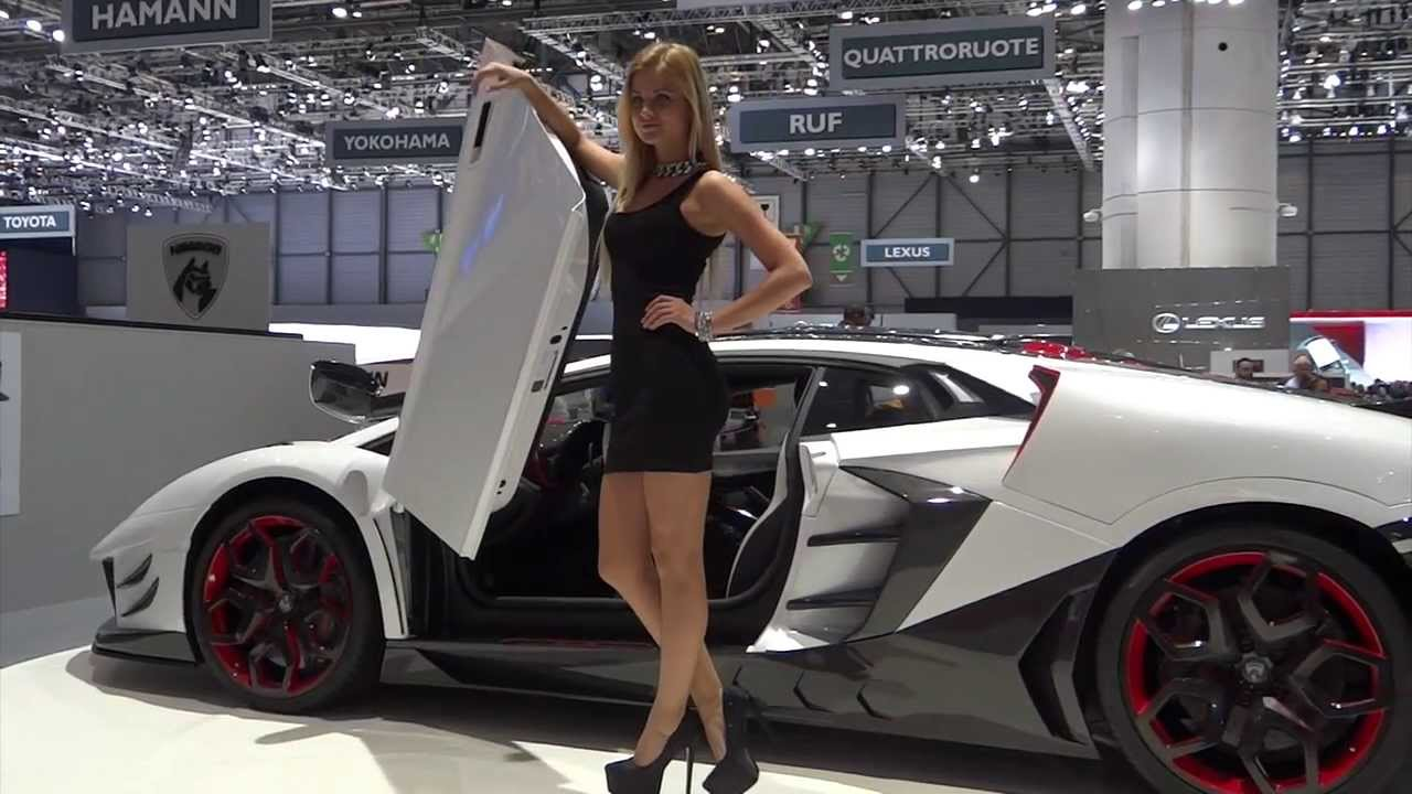 Sexy girls from Geneva Motor Show 2014 | AutoMotoTV