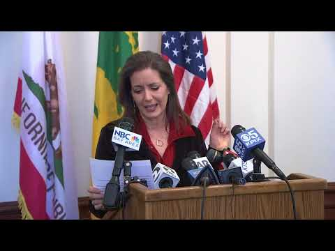 How dare you: Oakland mayor Libby Schaaf addresses AG Jeff Sessions