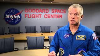Astronaut Steve Swanson Visits Goddard