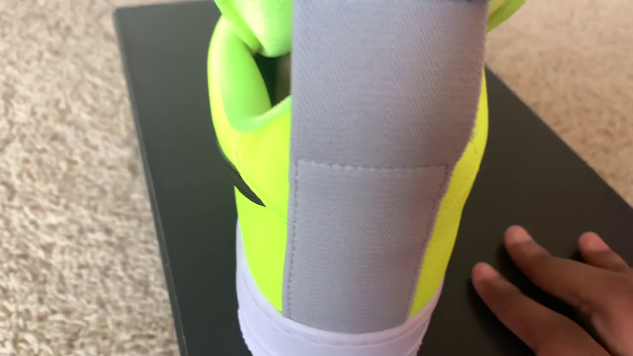 9f5fc2852a1 Nike Air Force 1 Utility Volt