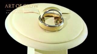 Классические обручальные кольца выполнены из белого золота, 585 пробы.(, 2015-06-01T13:15:40.000Z)