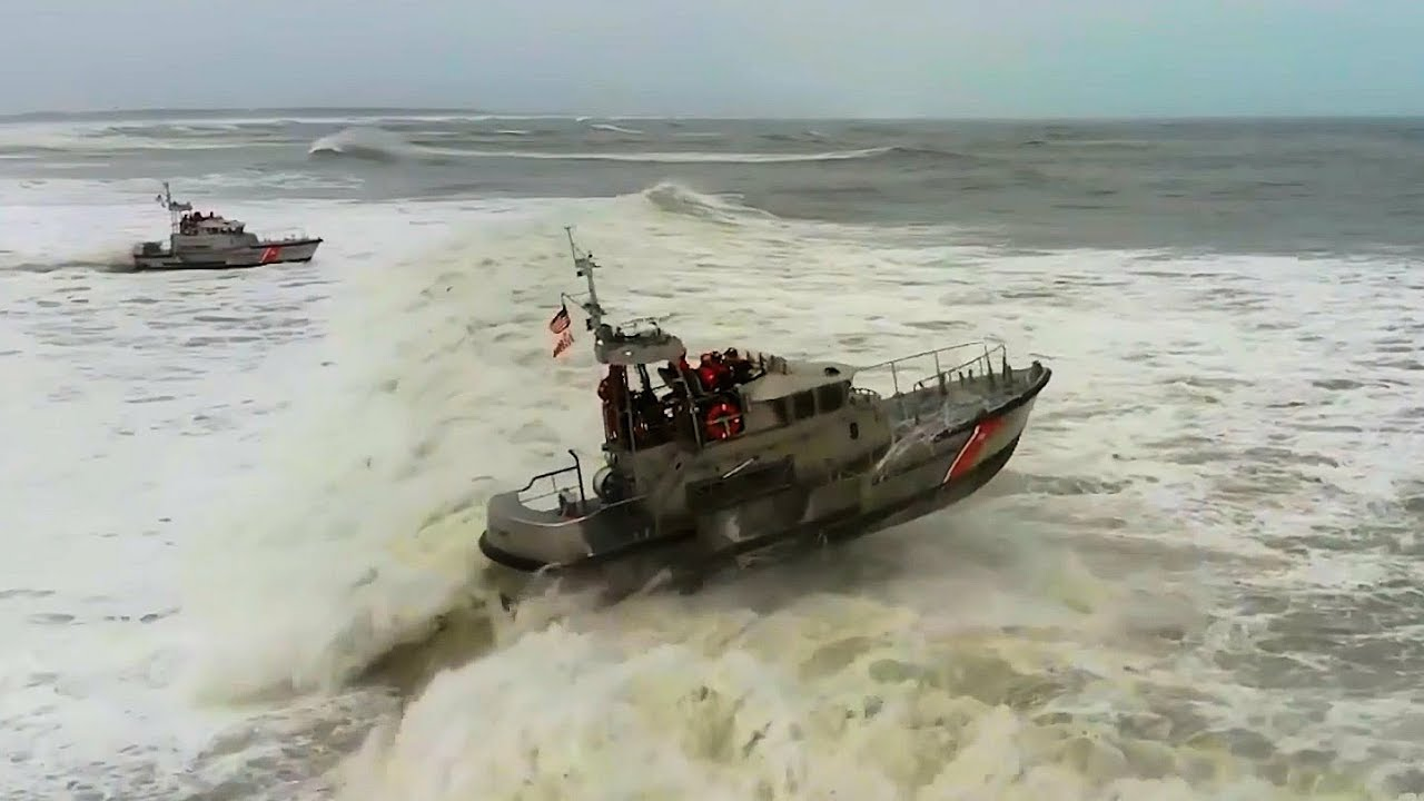 Coast Guard Surf Drills In Nags Heads