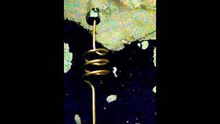 Как перелить ацетилен из большого балона в маленький. видео 3(Перелив (перекачка) ацетилена и балона 40 литров в балон 5 и 10 литров с помощью самодельного переходника., 2015-10-14T14:14:58.000Z)