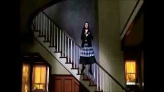 Beetlejuice: Jump In The Line Shake Senora