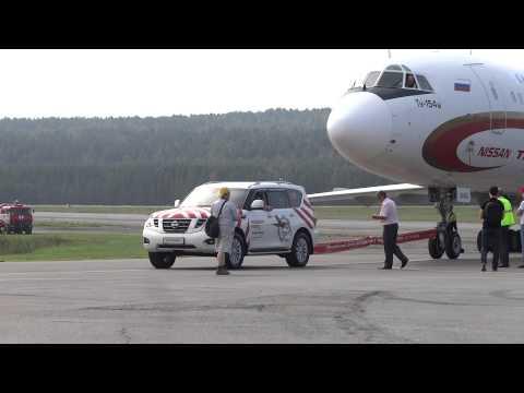 Nissan Patrol все таки протащил ТУ 154 в Красноярске