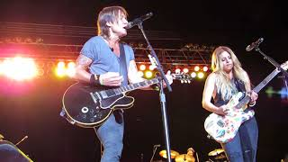 """Keith Urban """"We Were Us"""" feat. Lindsay Ell Live @ The Great Allentown Fairgrounds"""