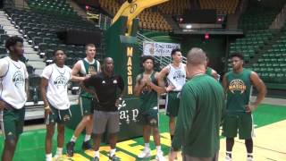 darrell green works out with george mason men s basketball sept 28 2016