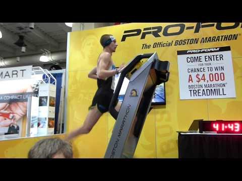 Tyler Andrews Treadmill Half Marathon WR (63:38)