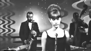 Baixar Astrud Gilberto with Stan Getz - The Girl From Ipanema