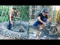 Bushcraft : Build bamboo water fountain around beautiful house