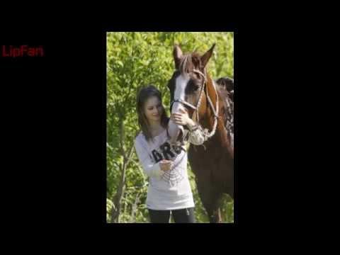 Yulia Lipnitskaya With Horses Photo / Юлия Липницкая с лошадьми Фото