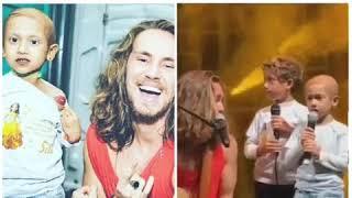 ????Morre menina que cantou com Vitor kley