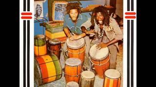 The Congos - Heart Of The Congos - 05 - La La Bam Bam