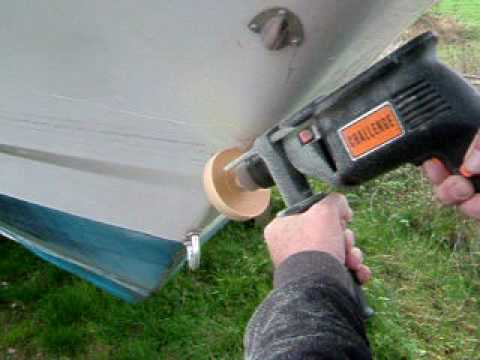 Using An Erazer Eraser Wheel To Remove Stripes From A Boat YouTube - Baja boat decals   easy removal
