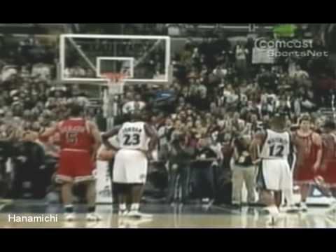 Michael Jordan scores 30,000 career points