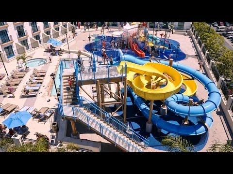 Courtyard by Marriott Anaheim Theme Park Entrance, Anaheim, California, USA, Disneyland Area Hotel