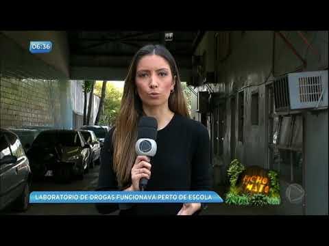 Polícia descobre laboratório de drogas ao lado de escola em Porto Alegre (RS)