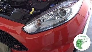 Changer ampoules feu avant Ford Fiesta.