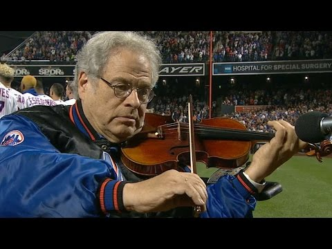 NL WC: Perlman performs anthem at Citi Field