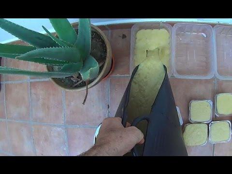 Come fare il sapone fatto in casa per dermatiti e altre malattie della pelle sapone con aloe - Sapone neutro per pulizie casa ...
