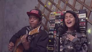 Download Lagu Payung Teduh - Akad (cover) by Ashira Zamitha Mp3
