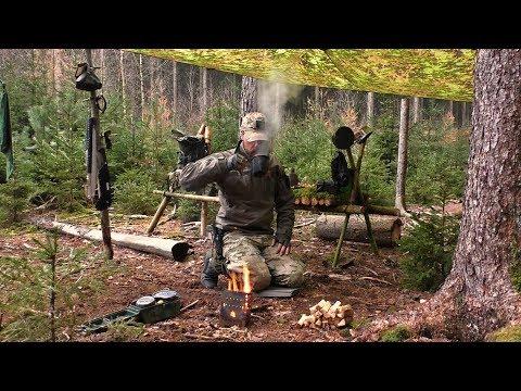 Ein ganz normaler Tag im Wald mit Bushcraft und kochen am Feuer.