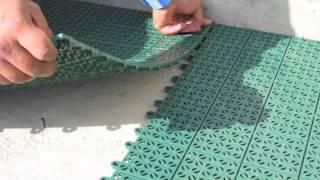 Posa delle piastre per pavimentazioni Multiplate