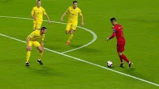 When Cristiano Ronaldo Makes Opponents Look Stupid 🤣