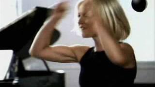 Jennifer Lopez & Geri Halliwell - Flashdance
