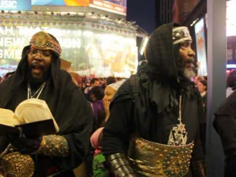 Black Hebrew-Israelites Ranting Their Beliefs At Occupy Wall St Protest(Occupy Time Square)