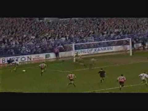 Leeds United Movie Archive - Goal Footage & News Reports From The 1980s