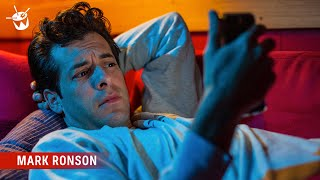 Baixar Mark Ronson reads Late Night Texts from the triple j textline